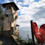 Bacio davanti al castello Odero - Costa