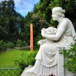 Villa Pallavicini - statua - obelisco