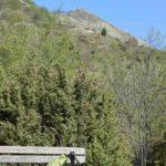la panchina panoramica sotto il Monte Alpe