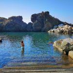 La piscina naturale nel porticciolo di Framura