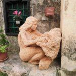 scultura in pietra di Verezzi