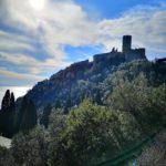 Noli - il profilo del Castello di Monte Ursino