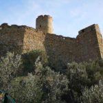 Noli - il maestoso Castello di Monte Ursino - mura