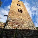 Noli - l'antica Torre Papone con le bifore