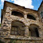Antico palazzo a Prato Sopralacroce