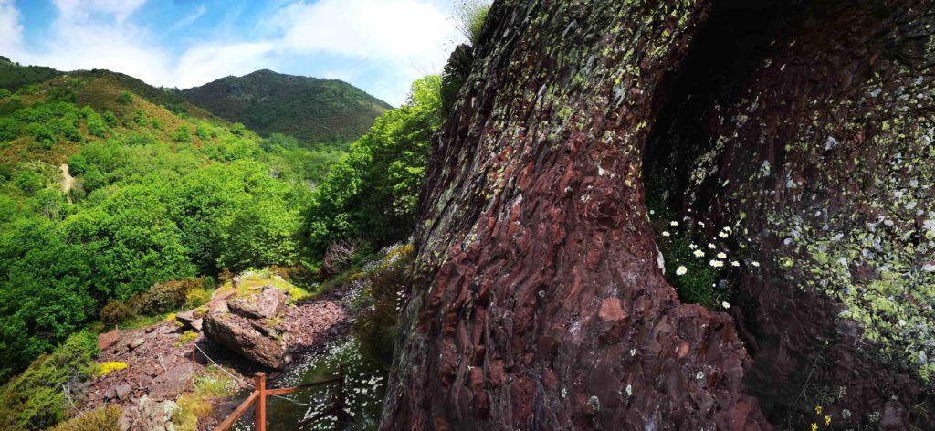 la cava di diaspro rosso di Valle Lagorara