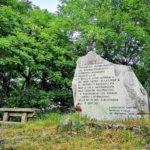 Barbagelata - Monumento ai tre civili trucidati il 13 agosto 1944