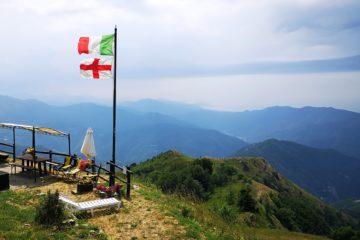 La vista fino al mare dal rifugio del Monte Caucaso