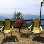 le sdraie panoramiche del rifugio del Monte Caucaso
