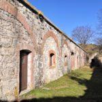 Le camerate (e le latrine) del Forte di Poggio Grande