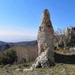 Pinnacolo di roccia presso le Termopili