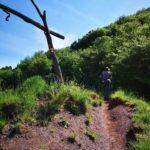 Vecchia teleferica lungo il sentiero all'Alpesisa