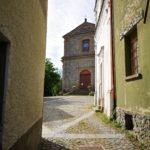 Attraversando Borgo a Piana Crixia