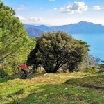 In bici elettrica a Santa Croce