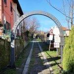 A Gaiazza l'ingresso al percorso verde dell'ex guidovia