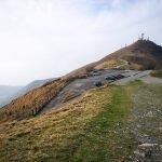 La Sella dei prati di Fascia con il Monte Fasce