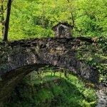 Il ponte medievale presso il Rifugio Ciaè