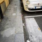 Via San Giovanni Battista sporca